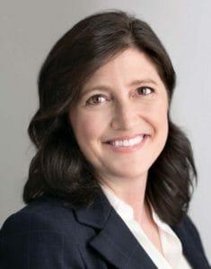 Lisa Schneider headshot